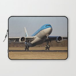 PH-AOK low approach Laptop Sleeve