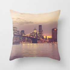 Brooklyn Bridge | New York City Throw Pillow