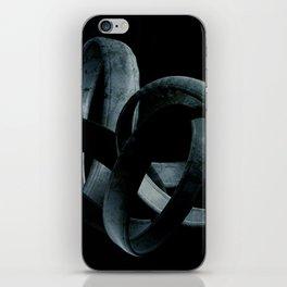 Ringlein, Ringlein du mußt wandern iPhone Skin