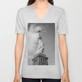 statue of liberty 4 black white Unisex V-Neck