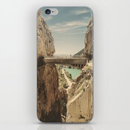 """""""The most dangerous trail in the world"""". El Caminito del Rey iPhone Skin"""