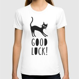 Black cat wishes good luck T-shirt