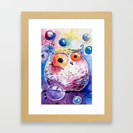 Bubble owl Framed Art Print