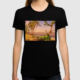 Time for a picnic on a warm tropical day T-shirt