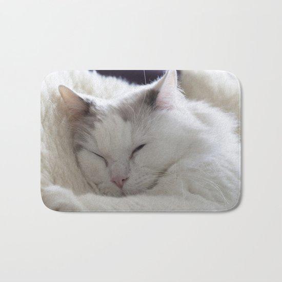 Ragdoll Cat Cuddles Bath Mat