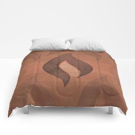 "Ray Bradbury ""Fahrenheit 451"" - Minimalist illustration literary design, bookish gift Comforters"