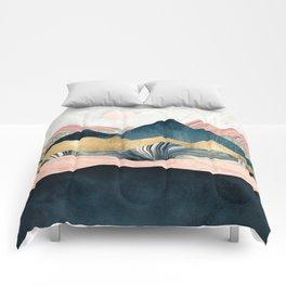 Plush Peaks Comforters