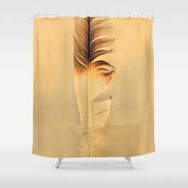 FEATHER PHOTOGRAPHY, FEATHER NATURE PHOTO WALL ART, BIRD FEATHER PRINT Shower Curtain