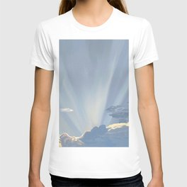 Sun rays in the clouds  T-shirt