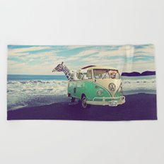 NEVER STOP EXPLORING THE BEACH Beach Towel