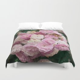 The smallest pink roses Duvet Cover