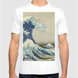 The Classic Japanese Great Wave off Kanagawa Print by Hokusai T-shirt