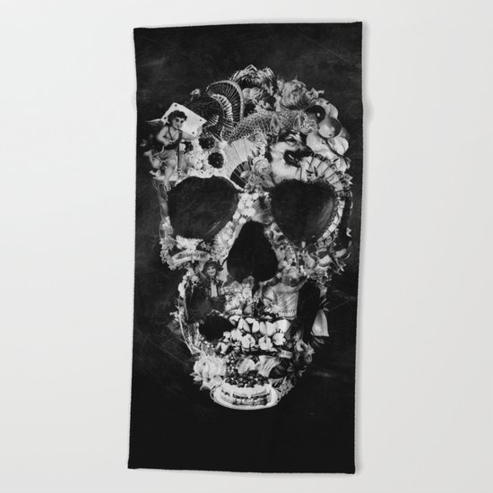 Vintage Skull BW Beach Towel