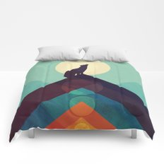 Howling Wild Wolf Comforters