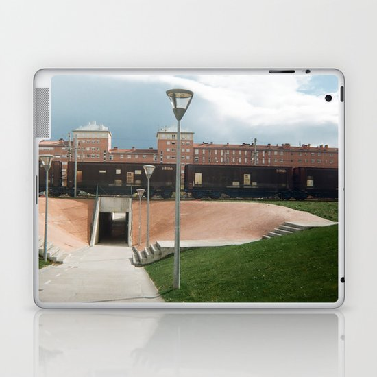 skate spot Laptop & iPad Skin