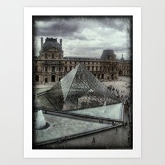 Pyramid of the Louvre Art Print