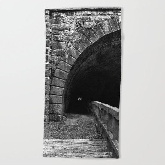 Paw Paw Grunge Tunnel - Black & White Beach Towel