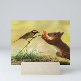 squirrel love together Mini Art Print