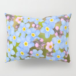 Forget-me-not flowers and buds - summer meadow Pillow Sham