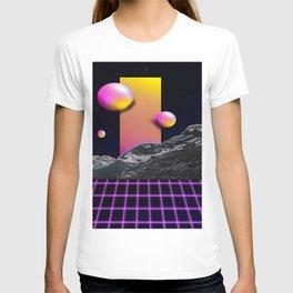 Bold 80s Retro Design T-shirt