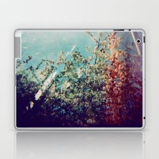 Holga Flowers III Laptop & iPad Skin
