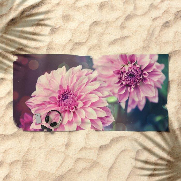 Pink Dahlia bokeh effect Beach Towel