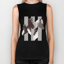 Waiting for the horse race // mint background Biker Tank