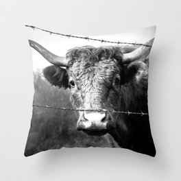 Highland Cow Longhorn Barbed Wire Fence Black and White Throw Pillow