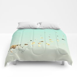 Fragmented Wolf Comforters