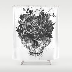 My head is a jungle (b&w) Shower Curtain