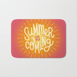 Summer is coming 2 Bath Mat