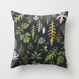 leaf collection flat lay Throw Pillow