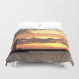 Key West sailing into Sunset Duvet Cover