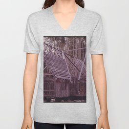 A HOUSE BEING BUILT FOR A PRIVATE OWNER THREE MILES EAST OF MATLOCK, WASHINGTON. FIFTY MILES WEST Unisex V-Neck