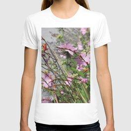Hummingbird in Flight 2 T-shirt