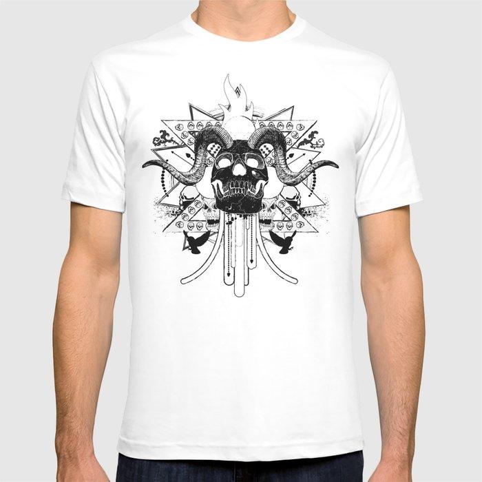 Rock Horned Skull Graphic  T-shirt