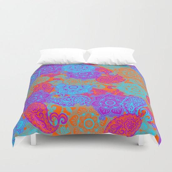 vibrant paisley Duvet Cover
