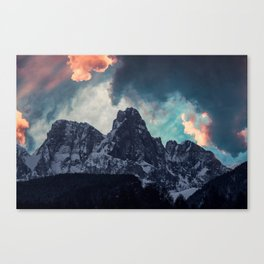 Magic mountain sunset Canvas Print