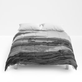 Annisquam Lighthouse Black and white Comforters