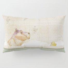 Hippo in the bath Pillow Sham
