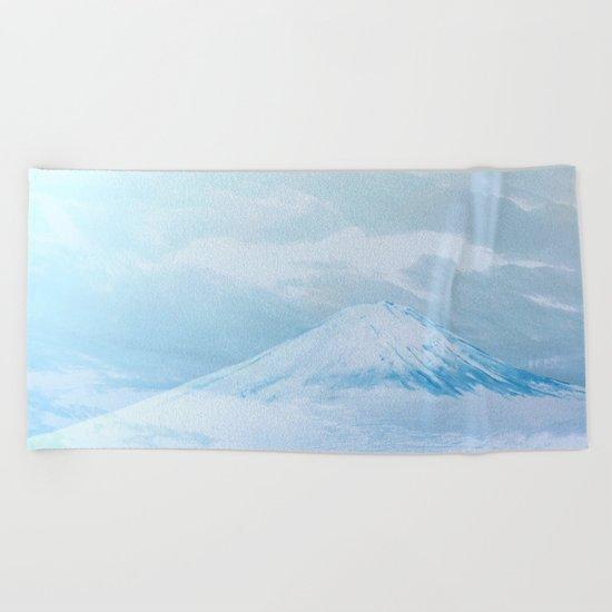 COLD AIR MASS Beach Towel