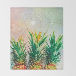 Party Pineapple Throw Blanket