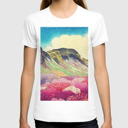 Walk towards Manayama T-shirt
