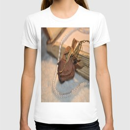 memories of a love affair T-shirt