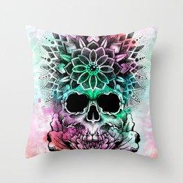 trancendetal skull Throw Pillow