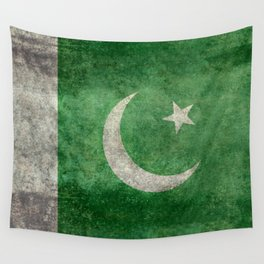Flag of Pakistan, grungy retro style Wall Tapestry