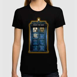 Beautiful tardis with yellow stained glass windows T-shirt