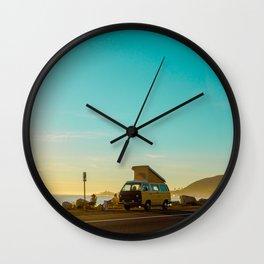 Combi van ocena Wall Clock