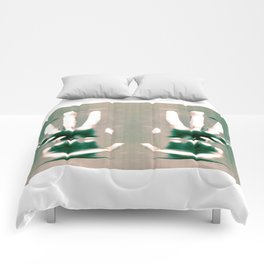 Grasps Comforters