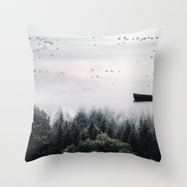 Into the wild #08 Throw Pillow